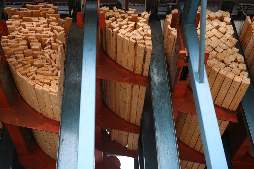 lumber sorting